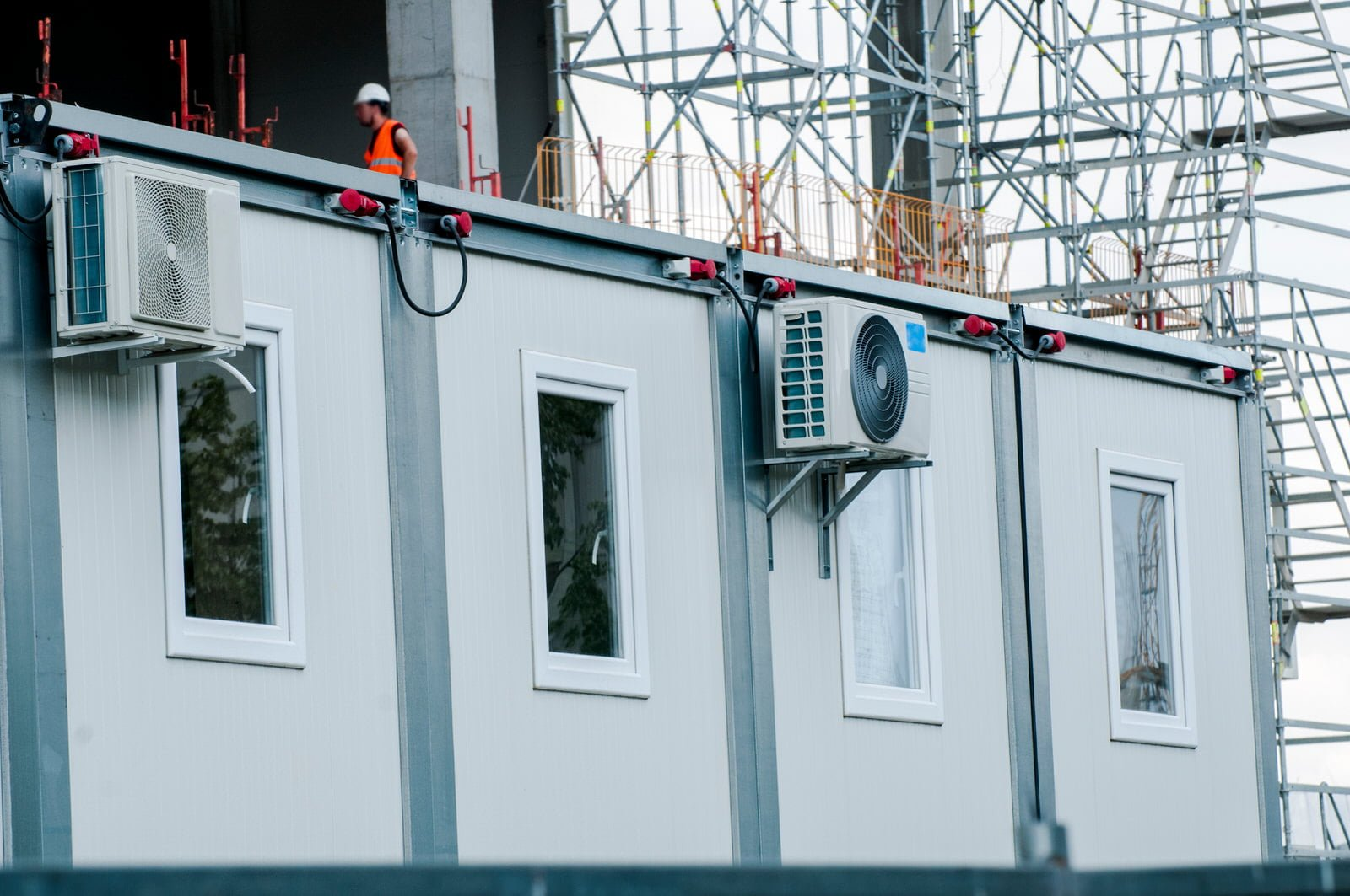 Prefabricated containers (portacabins) Quick installation and easy moving
